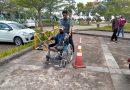 Bukti Pelayanan Prima Bagi Penyandang Disabilitas, Petugas PTSP PA Sungai Raya Berikan Pendampinganan